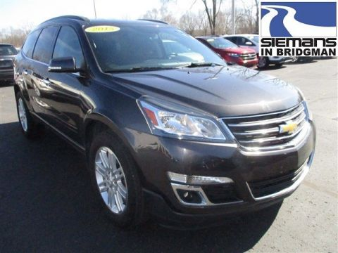Pre-Owned 2015 Chevrolet Traverse LT FWD